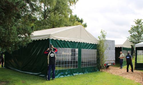2017-09-09-Aufbau Tierschau