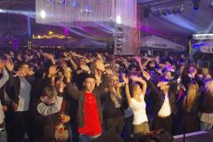 Party-Stimmung im Zelt mit DJ Sven
