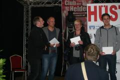 Die Gewinner vom Video-Wettbewerb v.r.n.l.: Moritz Pohl (1), Thora Meißner (3) und Michael Stiefermann (3). Preisträger des 2. Platzes Vladimir Blum war leider verhindert.